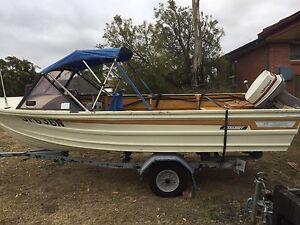 Boat Woodrising Lake Macquarie Area Preview