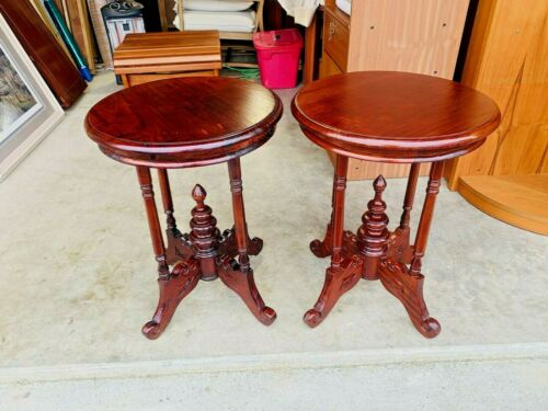 Beautiful Antique Pair of Hand Carved Mahogany Round Side End Tables L@@K