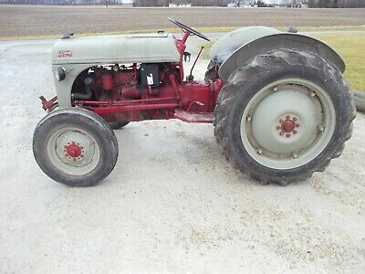 Ford 8n Tractor 3pt Hitch Pto 11.2 X 28 Tires Runs Good 12v System Grill Guard