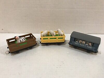 - Thomas Train McColl's Farm Cars Chicken Sheep Cow By Trackmaster FREE Shipping!