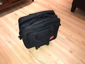 Valise de cabine carry on pour laptop et documents