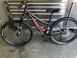 velo de momtagne Trek Superfly 26