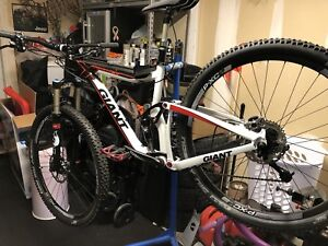 Giant Trance x29er 1 trail bike with upgrades