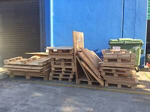 FREE- PLYWOOD/TIMBER..Pick up Fact 1, 11 Lindaway Pl, Tullamarine Tullamarine Hume Area Preview