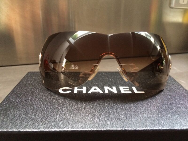 abb79a816ab2 Chanel sunglasses (authentic)