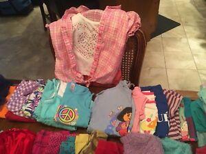 Lot 55 vêtements FILLE 4-5 ans