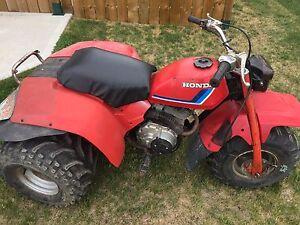 2 Honda atc 200 trikes