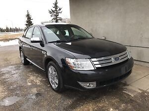 2008 Ford Taurus AWD Limited drives and looks amazing