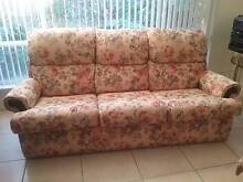 lounge 3 seater and 2 recliners Flagstaff Hill Morphett Vale Area Preview