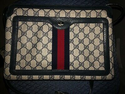 Rare Vintage Messenger Style Gucci Bag from Gucci Accessory Collection