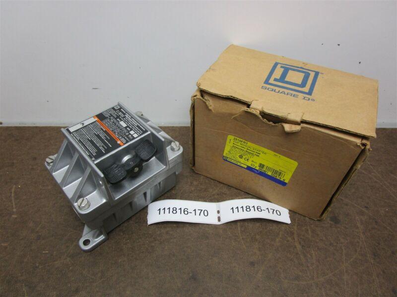 5 Square D 2510FR1 Manual Starter Ser. B Nema 3R 7 & 9 Rainproof New In Box