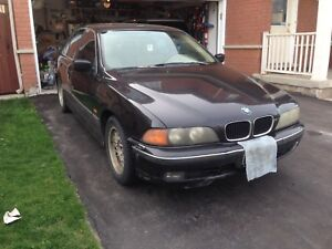 1998 BMW 528i Parting / whole car $1000