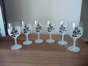 6 Wine glasses decorated with amber and silver Hurstville Hurstville Area Preview