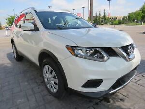 2015 Nissan Rogue S*LOW KM, 1-Owner, No Accidents, AWD*