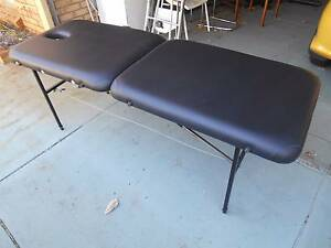 PORTABLE MASSAGE TABLE Leeming Melville Area Preview