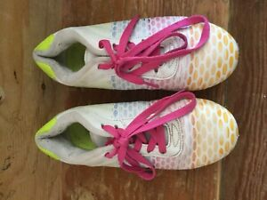 Girls soccer cleats size 2