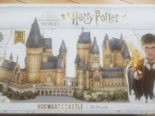 Harry Potter: Wizarding Wolrd Hogwarts Castle 3D 428 Pieces Puzzle