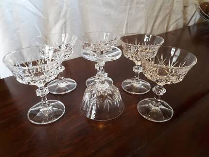 7 PIECES VINTAGE CUT CRYSTAL DRESSING TABLE SET | Collectables ...