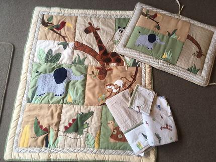 Kidsline Zanzibar Cot quilt set, Inc bumper, quilt, sheets. As New