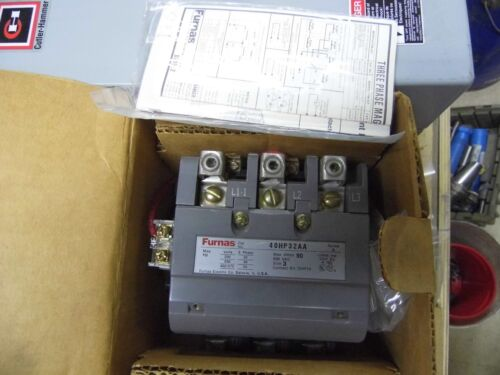 Furnas Size 3 Magnetic contactor 40HP32AA, 110-120 / 220-240 volt coil, 90 max a