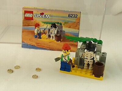 """1996 Lego Pirates """"SKELETON CREW"""" 6232 COMPLETE w/ Manual GREAT CONDITION"""