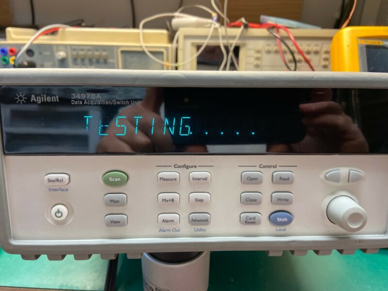 Hewlett Packard HP Agilent Keysight 34970A Data Acquisition Unit with DMM