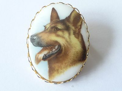 VINTAGE GERMAN SHEPERD DOG ON PORCELAIN BROOCH1950-60's](Sheperd Costume)