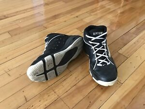 Soulier Basketball shoes size 8.5