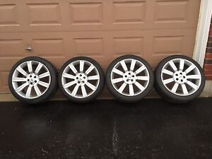 """22"""" Set of 4 Range Rover Stormer Wheels with lock nuts"""