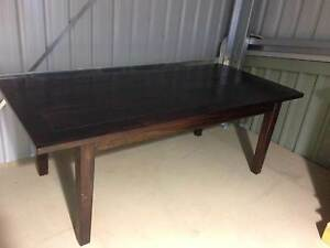 Extendable dining table -setting 10 Torquay Surf Coast Preview