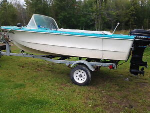 Power boat for sale trailer included