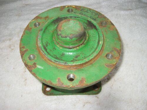 John Deere 24T Baler Left Wheel Hub #14807E