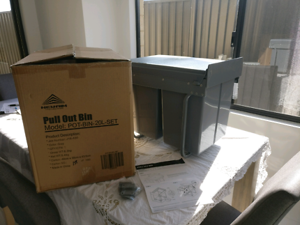 2 x 20 L Pull out bins brand new never used