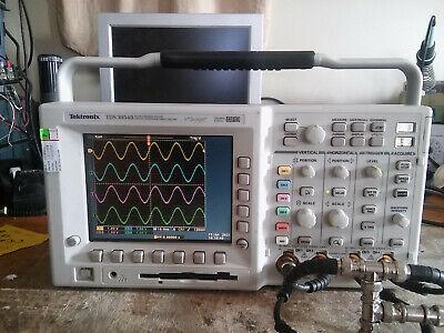 Tektronix Tds3054b 500mhz 5gss Oscilloscope. Tested. Tds3trg Tds3fft