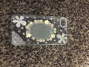 iPhone 4/4s bling and mirror case