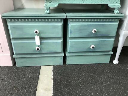 Bedside Tables Drawers, Lots to choose from