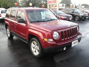2012 JEEP PATRIOT LIMITED- LEATHER HEATED SEATS, REMOTE STARTER,