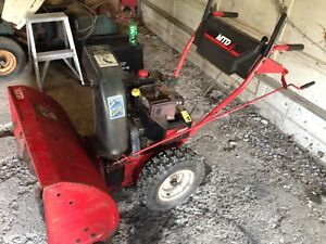 """MTD 10hp 32"""" 2 stage gas snowblower- Free delivery"""
