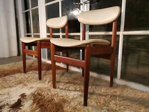 Cool Retro-Vintage Parker-Eames Paddle Back Dining Chairs -Can Del