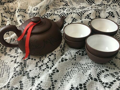 Chinese Vintage Clay Yixing Zisha Teapot with 6 Cups Signed Exquisite Rare 1980s
