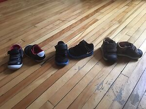Baby shoes/souliers Nike Geox Stride Rite