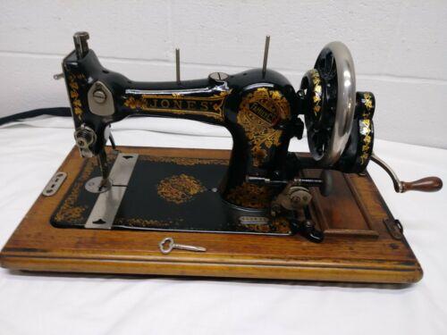 ANTIQUE VINTAGE JONES HAND CRANK SEWING MACHINE in CASE & KEY