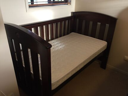 Boori cot 3-in-1Excellent Condition Sunnybank Brisbane South West Preview