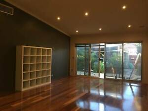 Lovely 3 x 1 Town house for rent in Ellenbrook for $300 per week.