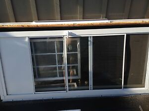 Screen/storm door
