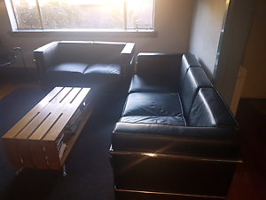 Nick Scali Black Leather Lounges Le Corbusier Copies Glen Iris Boroondara Area Preview