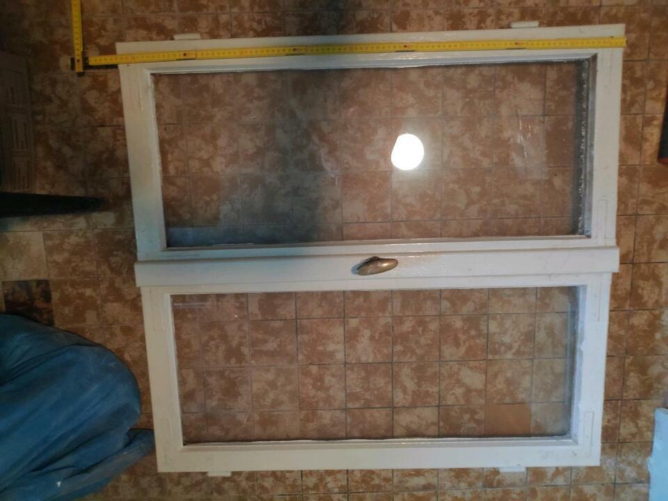 Fensterflügel Holz ohne Rahme . Verschiedene Maße. in Saarland - Illingen