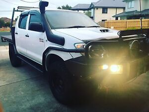 Toyota hilux 2006 4x4 turbo diesel Campbellfield Hume Area Preview