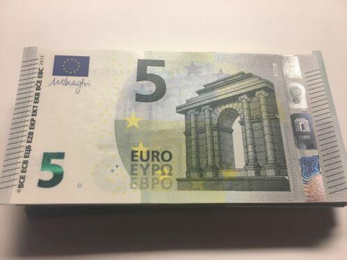 5 EURO bill EUROPE