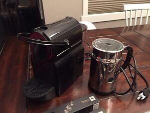 Nespresso Coffee Machine With Areoccino Milk Frother
